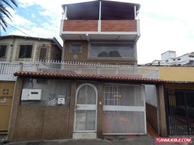 Casas En Venta, Urb. Los Rosales 19-461