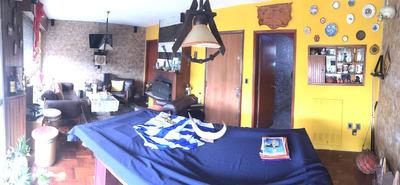Venta De Apartamento, Próximo A Coquimbo Y Requena. 106 M2