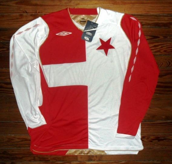 Camiseta Slavia Praga Umbro Talle L Nuevo