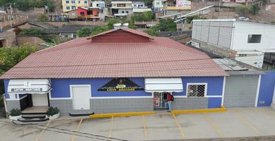 Vendo O Arriendo Discoteca Y Minimarket En Catamayo-loja