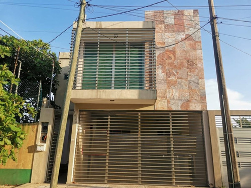 Imagen 1 de 30 de Casa En Venta, Col. Petrolera, Coatzacoalcos, Ver.