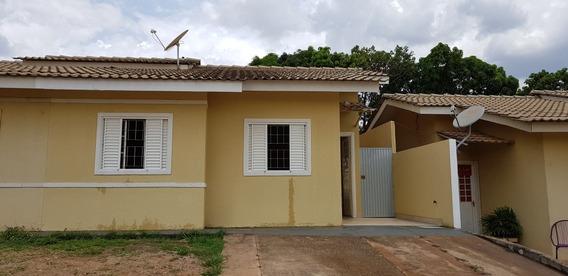 Alugo Casa 02 Quartos, Setor 03, Aguas Lindas