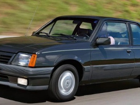 Chevrolet - Monza Classic 1990 Verde