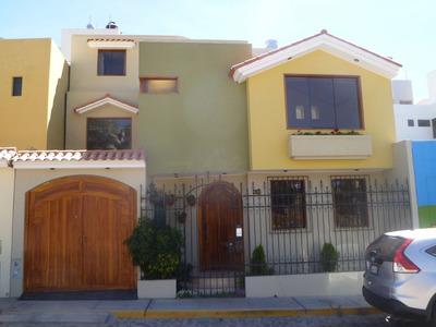 Alquilo Bonita Casa En Los Ángeles De Cayma