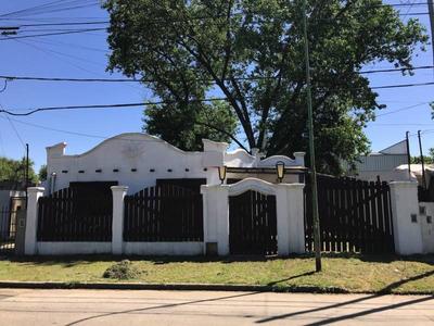 Casas En Venta En Carlos Tejedor Al 2700 En Ricardo Rojas