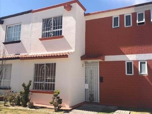 Hermosa Casa En Venta Dentro De Fraccionamiento La Isla En San Antonio La Isla