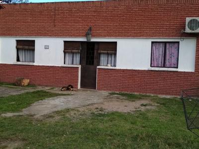 Casa 3 Dormitorios. Trinidad - Flores