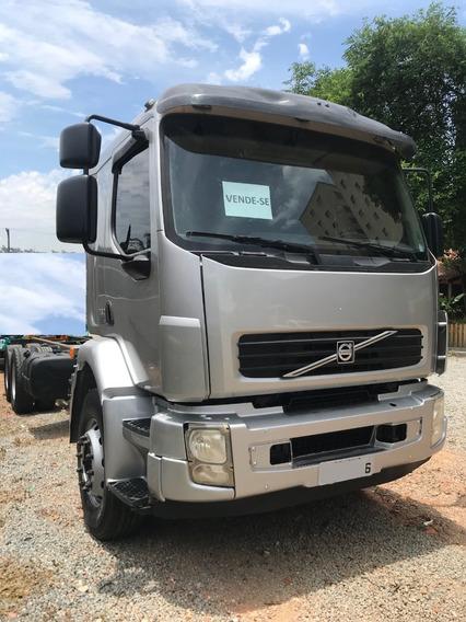 Caminhão Volvo Vm 260 6x2 Ano: 2010