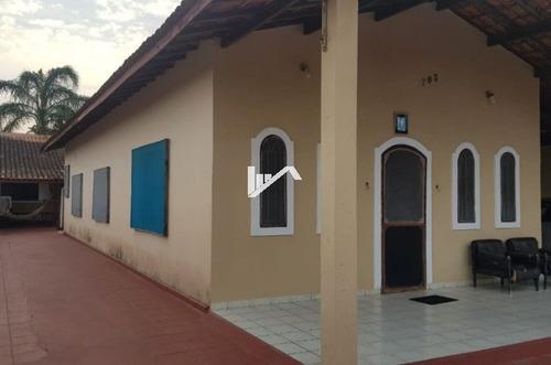 Imagem 1 de 14 de Ótima Casa Itanhaém Lado Praia 700 Mts Do Mar, 5 Vagas.