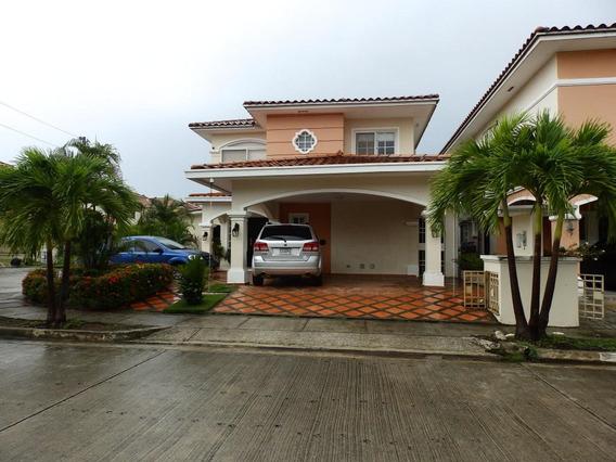 Hermosa Casa En Venta En Costa Sur Panama Cv