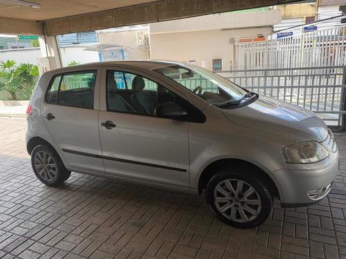 Volkswagen Fox 1.6 Flex 4p Completo
