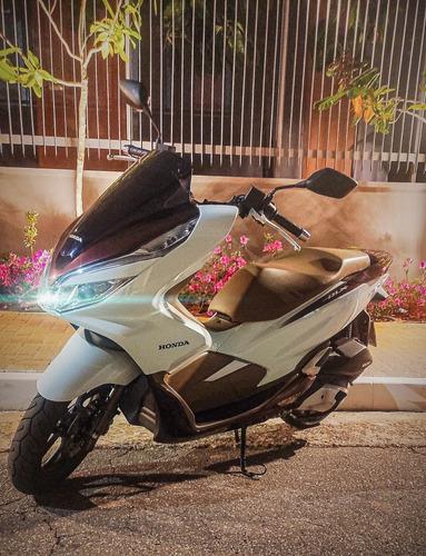 Imagem 1 de 4 de Honda Pcx Dlx