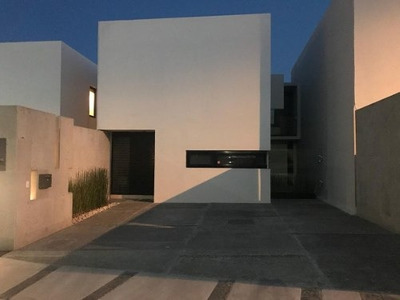 Casa En Renta Basalto Zibata