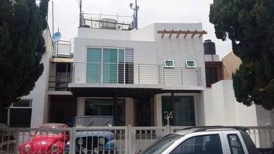 Casa Estilo Minimalista En Las Alamedas