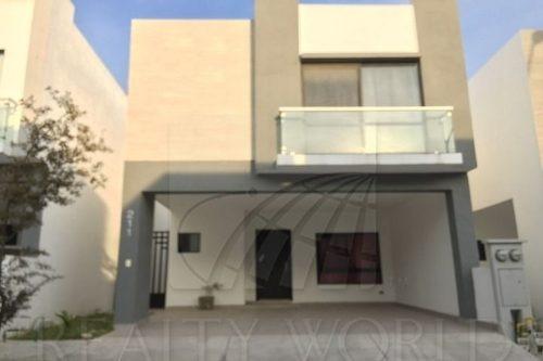 Casa En Renta En Katavia Residencial
