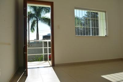 Apartamento Com 3 Quartos Para Comprar No Lourdes Em Brumadinho/mg - Avo511