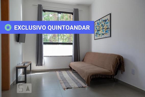 Apartamento No 1º Andar Mobiliado Com 1 Dormitório E 1 Garagem - Id: 892891684 - 191684