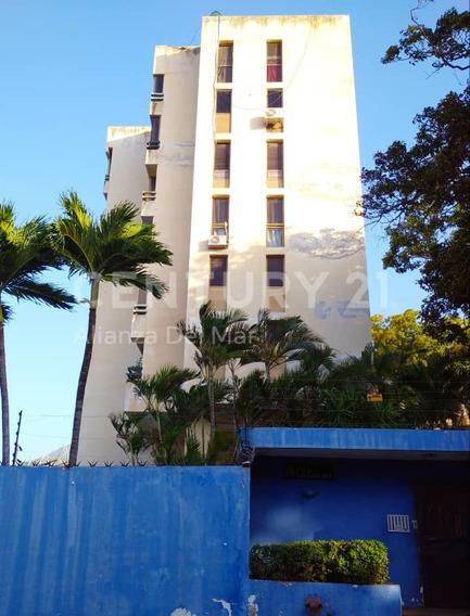 Residencias Las Colinas, Estado La Guaira
