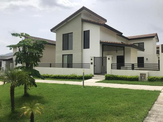 Panama Pacifico Espaciosa Casa En Venta Panamá