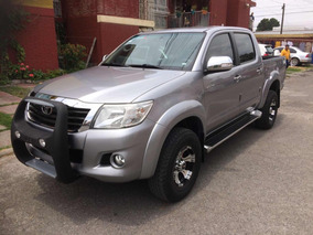 Toyota Hilux Doble Cabina Std 5 Vel Ac 2015