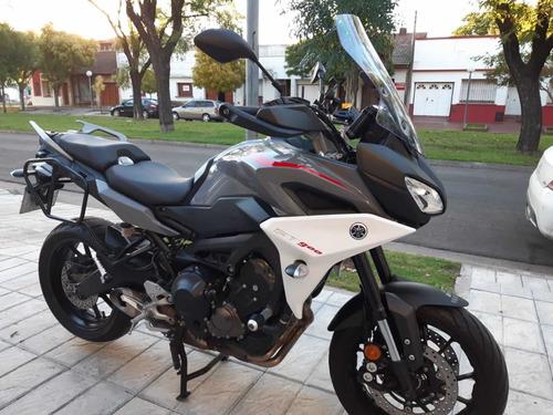 Yamaha St 900