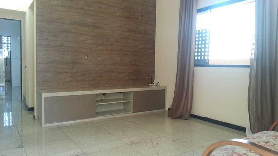 Casa De 3qts Com 6vgs No Cabral - 7808