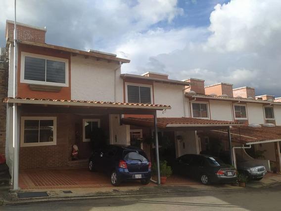 Casa En Cr Montaña Alta, La Castellana
