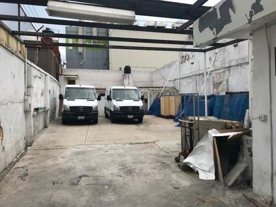 Terreno Enfrente Metro Camarones Uso Comercial Y Habitaciona