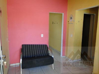 Casas De Vila Para Locação Em Duque De Caxias, Gramacho, 1 Dormitório, 1 Banheiro - L180