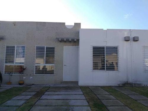 Paseos Del Bosque, Corregidora, Casa 1 Planta, 2 Rec, 1 Baño