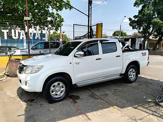 Toyota Hilux Doblé Cabina