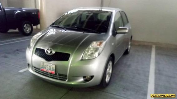 Toyota Yaris Sport Automatico