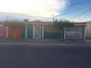 Vendo Casa En Los Mangos Mls:20-459karla Petit