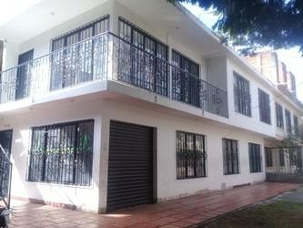 Casa Local En Alquiler