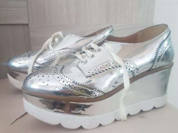 Sapato Prateado Lindo De Cadarço