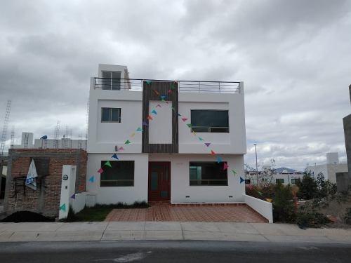 Casa En Condominio En Bojai Residencial En El Refugio, Querétaro