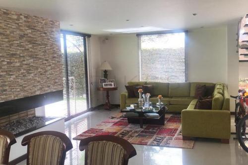 Casa Campestre En Arriendo/venta En Chia