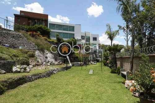 Residencia Con Alberca Y Jardín En Lomas De Angelopolis I
