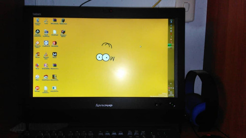 Imagen 1 de 6 de Lenovo Thinkcentre M72z All In One 2.7 Ghz