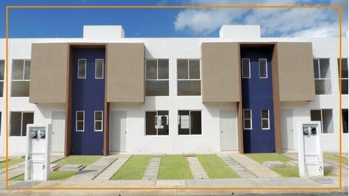 Casa En Venta En Vista Real, Cancun, Rah-mx-20-2425