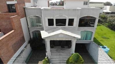 Casa En Venta En Tepozteco, Colinas Del Bosque, Tlalpan