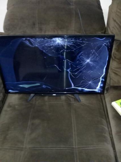 Tv- Televisão Aoc Tela Led Quebrada