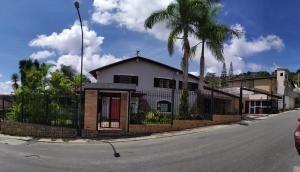 Casas En Venta Mls #20-6476