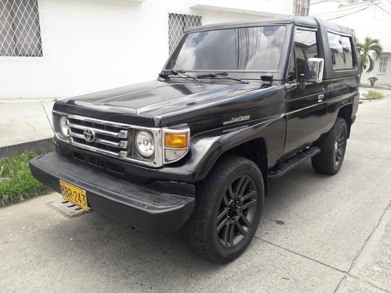 Toyota Land Cruiser 4.0