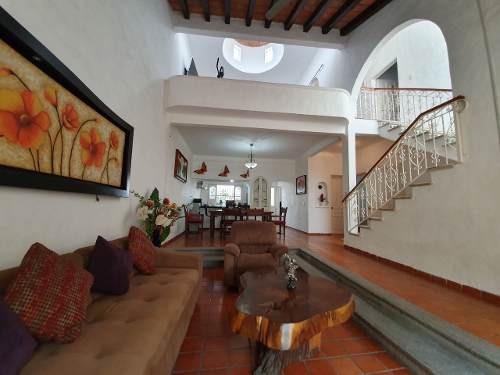 Casa En Venta En Colonia Las Aralias En Puerto Vallarta