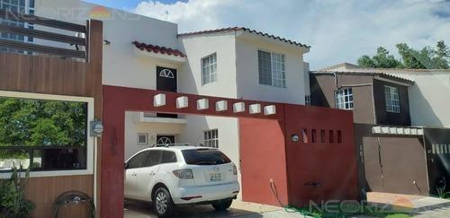 Casa En Renta Amueblada En Fracc. Villas Náutico, Altamira