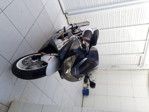 Moto Rr 900