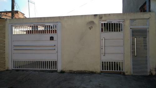 Casas - 2 Dormitórios             - 1170