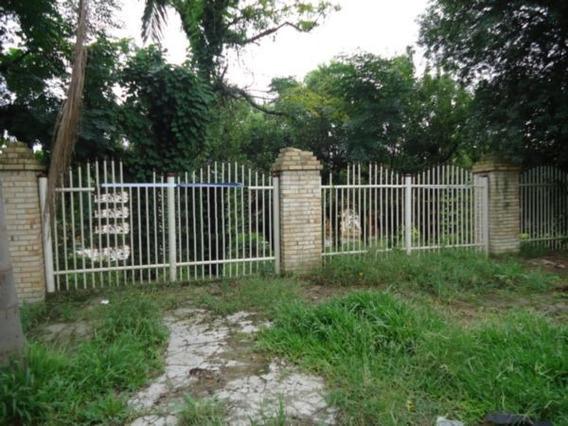 Casa Em Cavalhada Com 9 Dormitórios - Lu271665