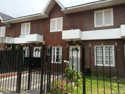 Magnífico Duplex En Quilmes Centro - 2 Dormitorios + Altillo